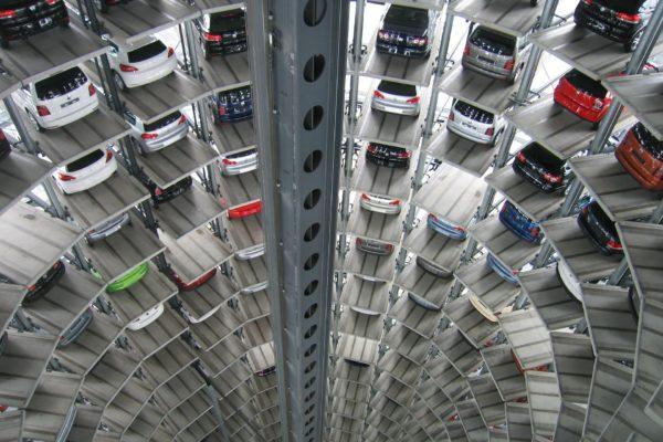 Nytt säljrekord för begagnade bilar trots minskad privatförsäljning