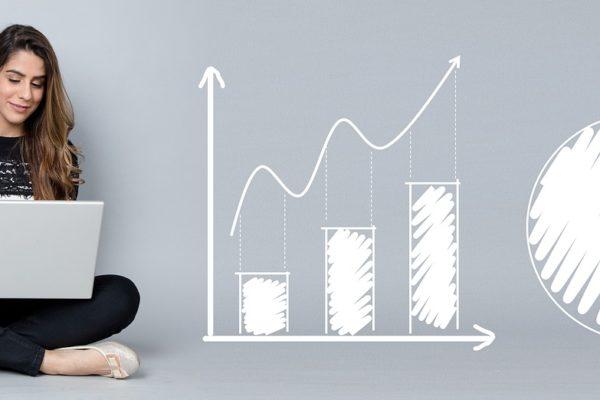 Onlineförsäljningen trendar, men M höjer ett varningens finger